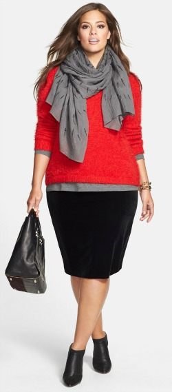 plus size pencil skirt with red top