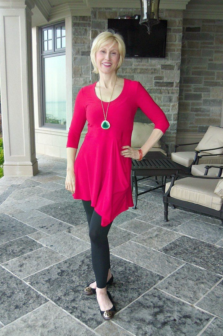 How to wear leggings over 50