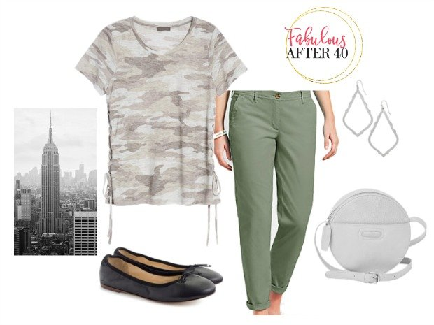 What to wear in NYC - olive cargo pants, camo top