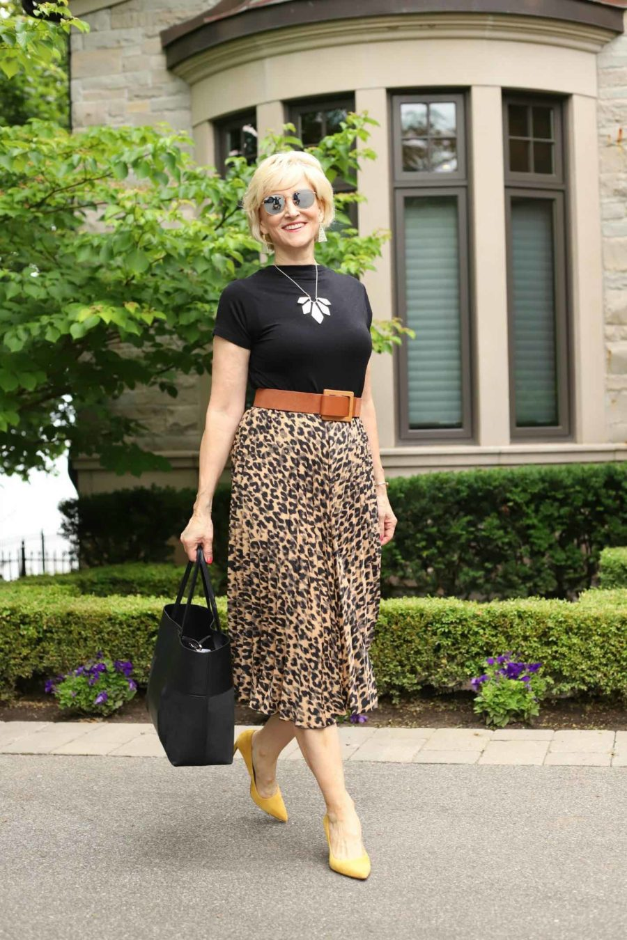 leopard skirt with pleats